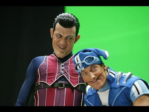 (We are Number One) Robbie Rotten - Little T send (diss track)