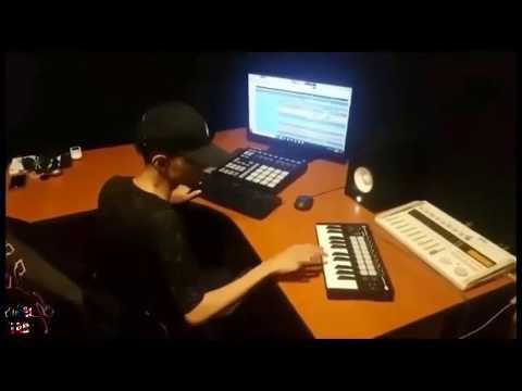 Gigih Brader Ni Buat Remix 'Awek Lapar Cendol'