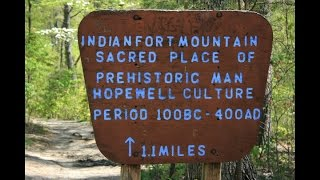 Indian Fort Mountain, Kentucky: Hopewell or Adena?