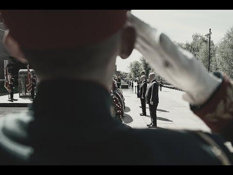 Парад Победы 9 мая 2018. Вынос флага Российской Федерации и Знамя Победы🚩