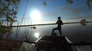 Рыбалка в Астрахани на жереха. Разведка боем. Розыгрыш балыка из пойманной рыбы.