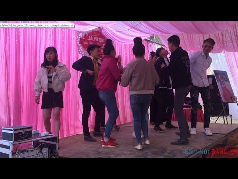 Nhạc Sàn Gái Xinh Nhảy Trong Đám Cưới Sung Sập Sàn
