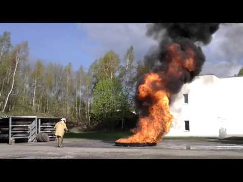 How to use the dry chemical extinguisher I.