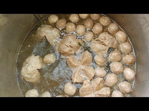 GOKIL BANGET !!!! BAKSO URAT SPESIAL SIZE BESAR | DEPOK STREET FOOD #BikinNgiler