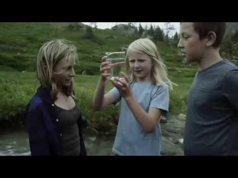 SWAROVSKI WATERSCHOOL – Small actions in communities engages children in global change.