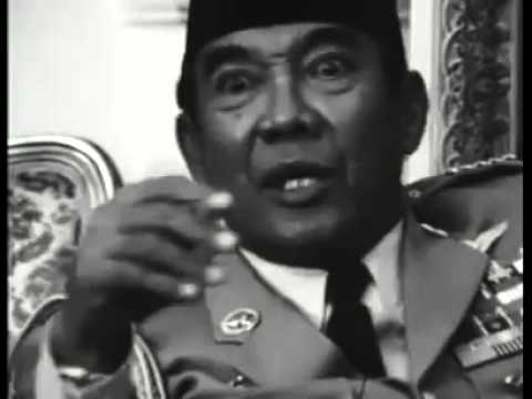 Mr. President Soekarno Interviewed by Journalist from Netherlands