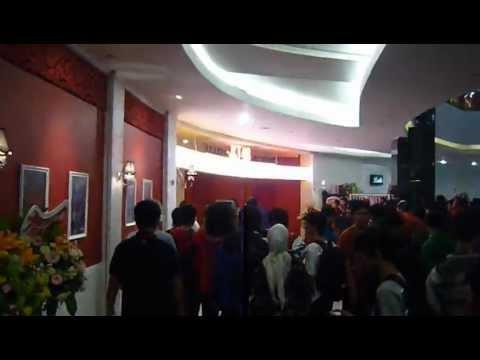 keadaan opening Theater JKT48  @ FX,senayan,Jakarta 08-09-2012 part 1
