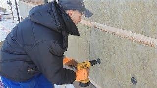 видео Утепление стен дома из бруса как изнутри, так и снаружи