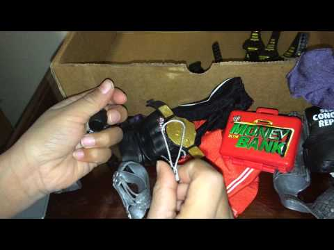 Wrestling Toy Collector's WWE Accessories Review WRESTLING TOY COLLECTOR