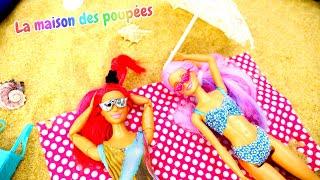 Barbie et sa copine à la plage. Vidéo avec les poupées pour enfants.