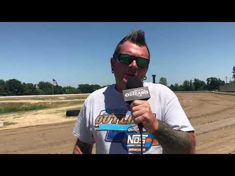 We preview the World of Outlaws only stop in Michigan at Hartford Speedway. - dirt track racing video image