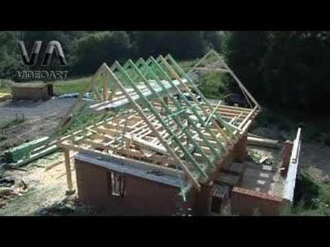 Stavba krovu a dreveného stropu na rodinnom dome