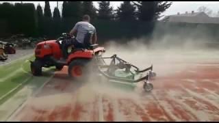 czyszczenie kortu tenisowego