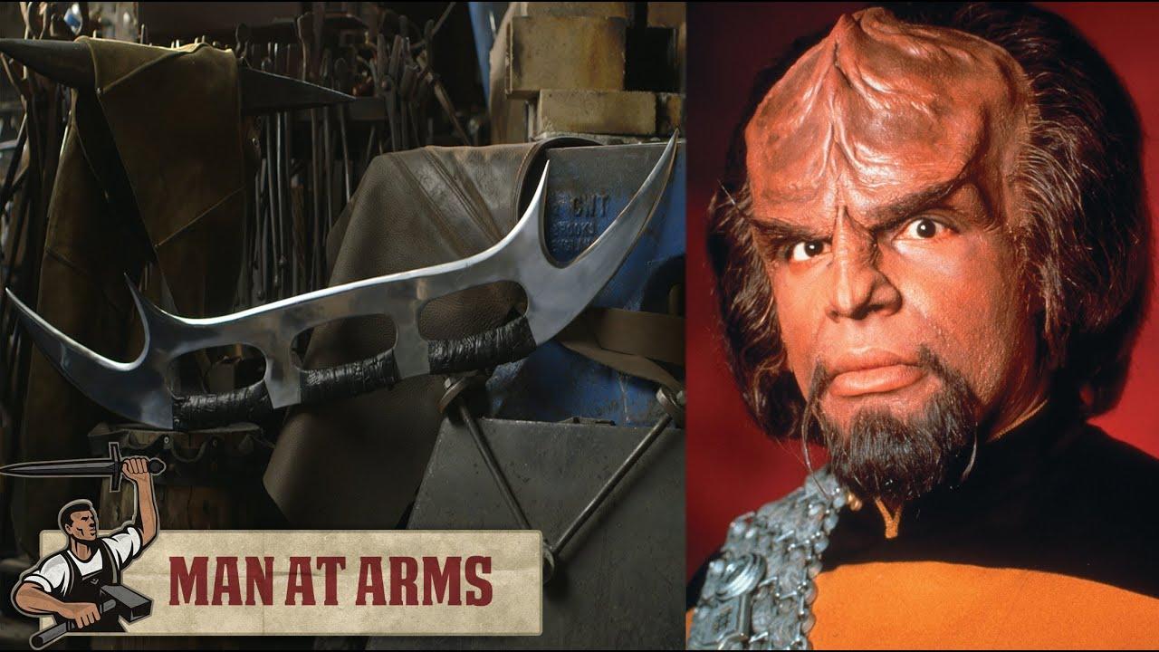 Klingon Mek'leth Prop Replica – Roddenberry Shop