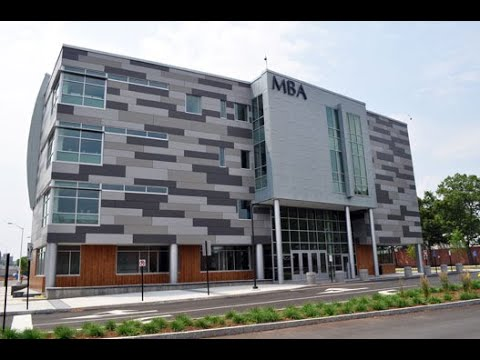 Get to know Metropolitan Business Academy