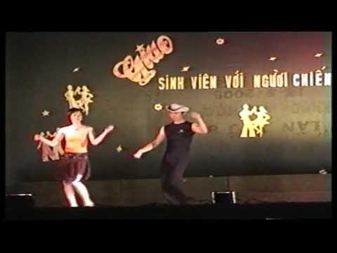 Đại đội 3 - Khiêu vũ quốc tế