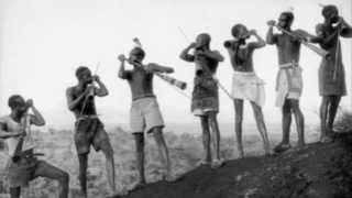 Aluar Horns (Agwara Horns played by the Alur Tribe)