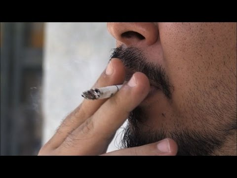 Philippine's Duterte imposes public smoking ban
