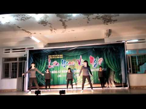 múa đương đại - lớp 11a1 - THPT LHP đăklăk 19/11/2015