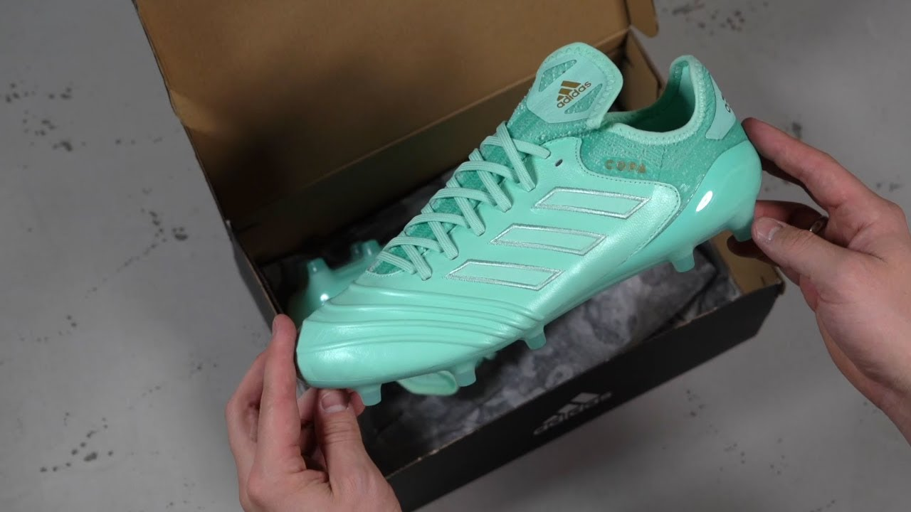 138d0c2e0 UNBOXING: adidas Copa 18.1 Spectral Mode Fotballsko