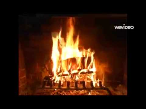 Brenda Lee - Rockin' Around The Christmas Tree (Fireplace)