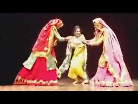 Sunanda Sharma - Gidha | Teeyan Da Mela | Khalsa College Ludhiana