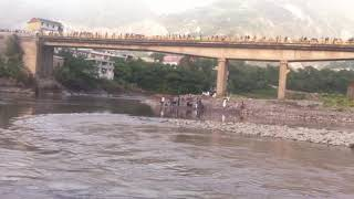 Rescue Operation for a 12 years boy Drowned in River neelum