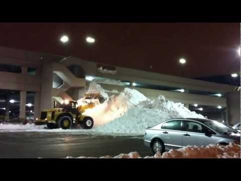 Canadian snow removal Yorkdale Mall Toronto
