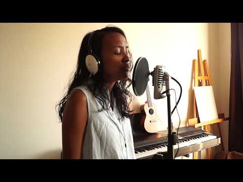 """Ne m'oublie pas/Remember me - from Disney's """"COCO"""" - Cover by May Andrazz"""