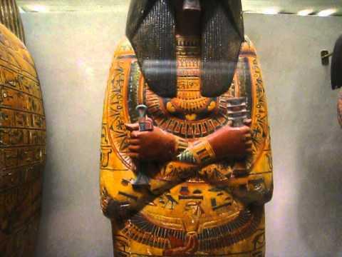 Metropolitan Museum - New York - Egyptian Collection - larger fragment - MVI 0734 nyc metropolitan