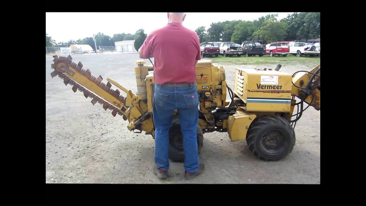 Vermeer LM40 cable plow Demo