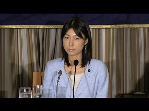 "Ayaka Shiomura: ""The victim of sexist heckling during her questioning of city officials"""