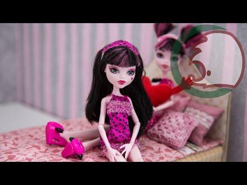 видео: Как сделать кровать для куклы. how to make a bed for a doll. cómo hacer una litera para muñecas.