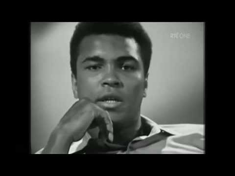 Muhammad Ali recites a poem during a interview in Ireland AMAZING