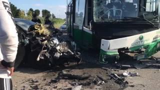Bus contro auto sulla Corato-Trani, ferita una donna