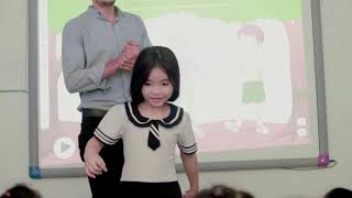 CMN Education - Teaching with interactive board