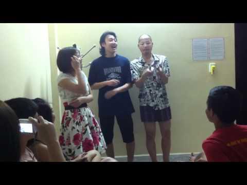 ha long 2011- dan choi phuc xa-co con chim vanh khuyen