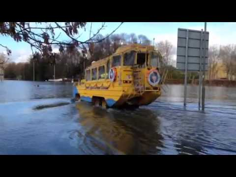 Thames floods - River Duck to the rescue