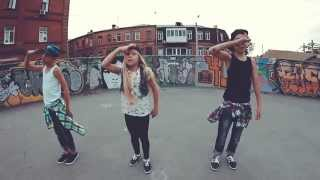 Eva Simons - Policeman.Dancehall by Kids. Choreography by Cleve Nitoumbi(Dancehall by Kids. Choreography by Cleve Nitoumbi Music : Eva Simons - Policeman Dancers: Bogdan, Nika, Oleg Thank you for watvhing! Dancehall to di ..., 2015-08-18T08:51:30.000Z)