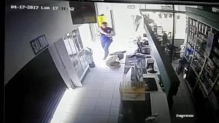 """Caen dos menores presuntos integrantes de banda """"Los malditos de San Juan"""" en Chimbote"""