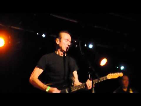"""Hugh Cornwell """"Peaches"""" @ Hi Fi Bar (Part 2/2, May 2011)"""