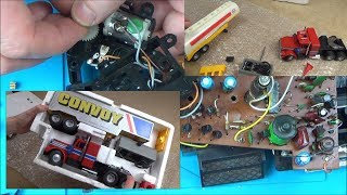 Trying to FIX a Faulty 1979 Corgi Truckertronic Convoy R/C Toy