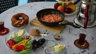 Что приготовить в Турции - Менемен. Турецкий завтрак  (GoPro Hero 5 Black Edition)