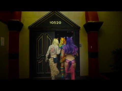 Lifestyle Manor Fantasy Ball 2012 from YouTube · Duration:  4 minutes 16 seconds