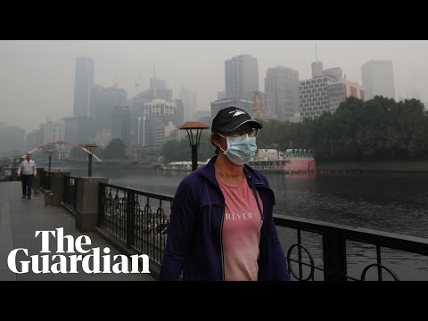 Melbourne Blanketed By Smoke As Bushfires Continue In Victoria — Video