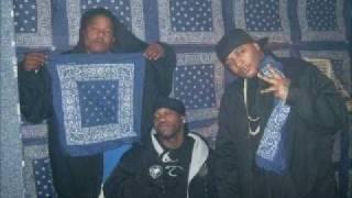 Play Gangstaz Make The World Go Round