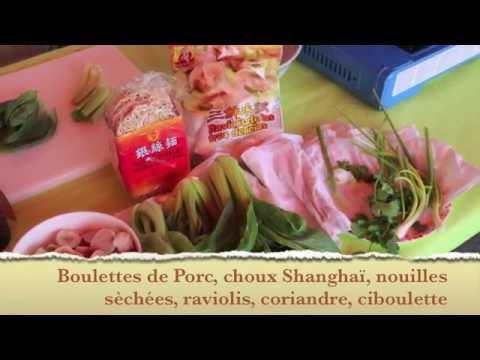 soupe-chinoise-de-nouilles,-raviolis,-boulettes-de-viande-et-choux-de-shanghai…