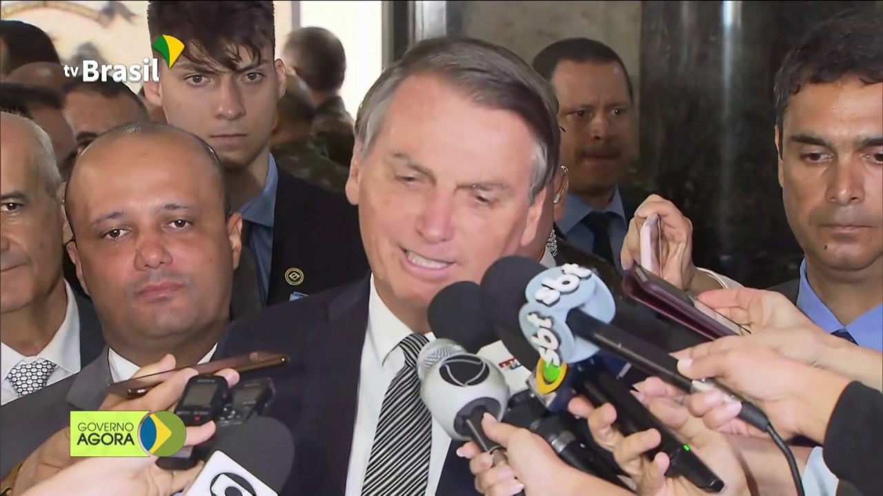 Bolsonaro defende tratamento diferenciado a militares em operações de segurança