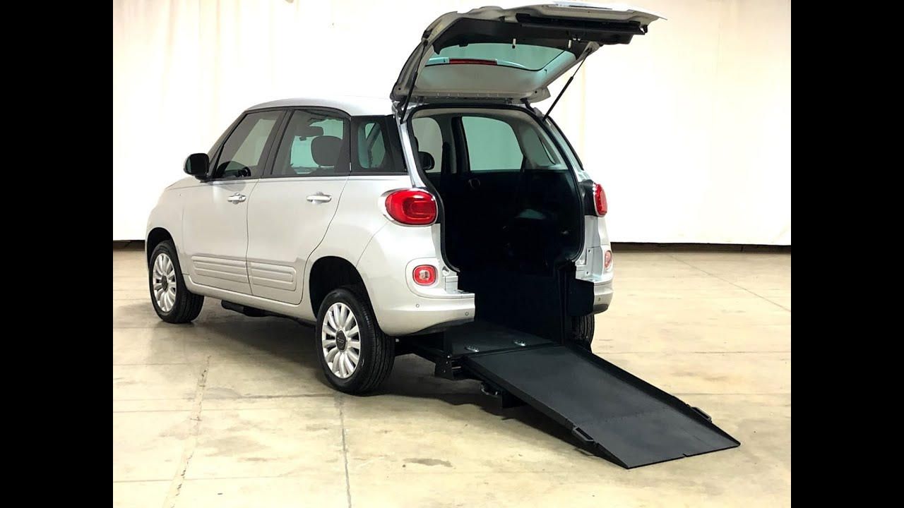 bad40e7441 2015 Fiat 500L Mobility Wheelchair Accessible Car w  Manual Rear ...