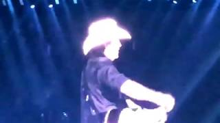"Kenny Chesney w/ David Lee Murphy ""Everything is Gonna Be Alright "" Detroit ,Michigan 8/4/18"